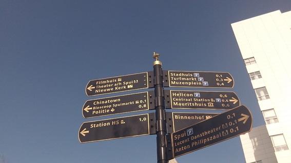 signs_denhaag