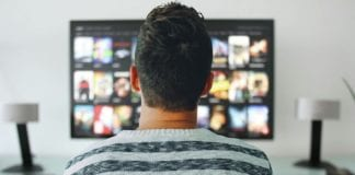 streaming-services-netherlands-man-watching-tv