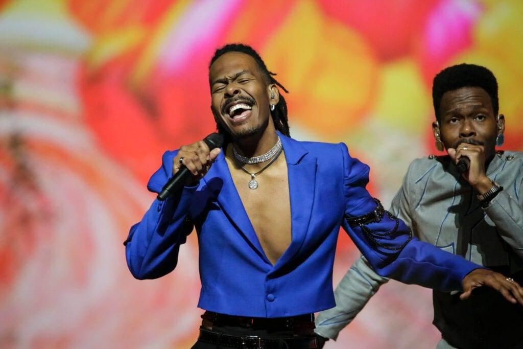 Dutch-entry-for-Eurovision-2021-rehearsing