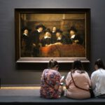 three-girls-watching-a-rembrandt-in-the-rijksmuseum-amsterdam-stockpack-unsplash.jpg