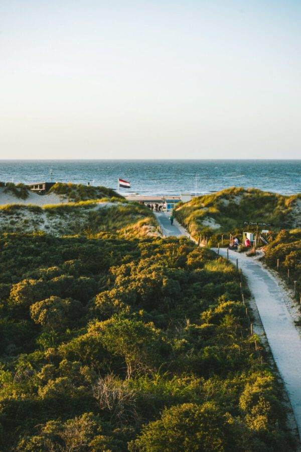 photo-of-the-oostkapelle-beach-in-the-netherlads