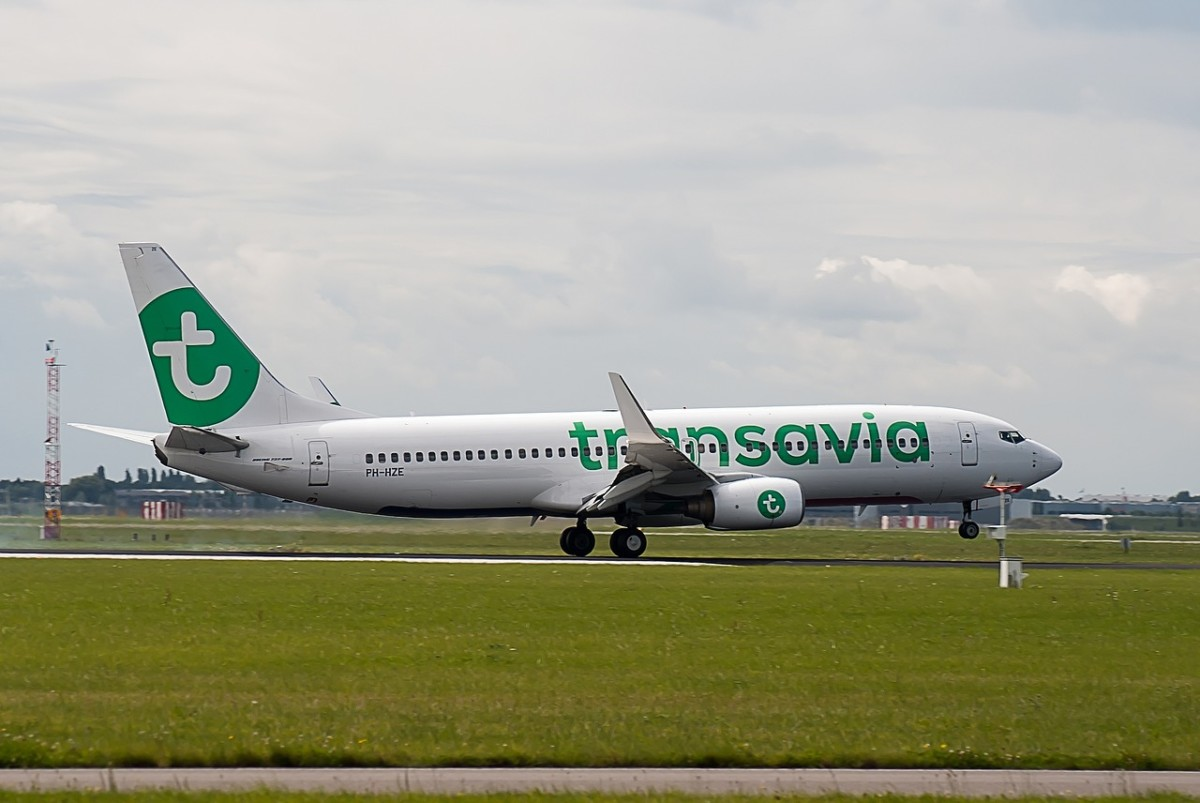 No Weigh: Passengers Asked to Step on the Scales When Boarding Dutch Airline Transavia – DutchReview