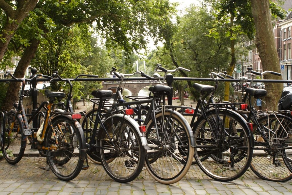 Moving to Utrecht: bikes on the canal