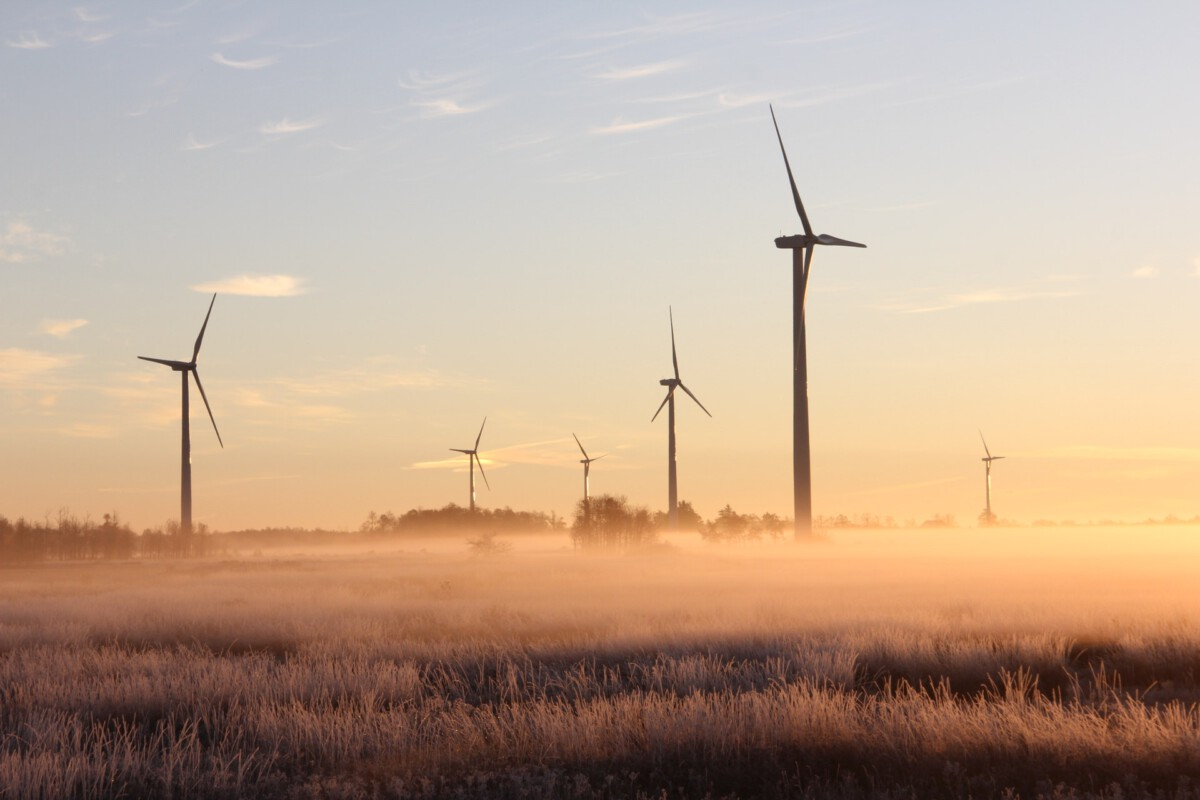 photo-of-the-netherlands-onshore-wind-turbines