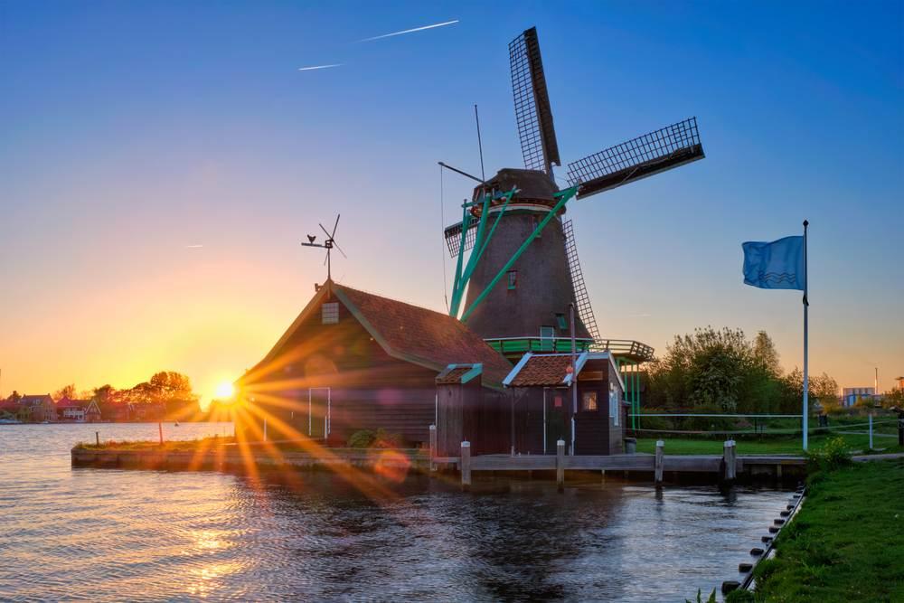 photo-of-windmill-at-zaanse-schaans-at-sunset