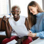 woman-signing-understanding-dutch-work-contract