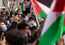 photo-of-people-protesting-for-palestine